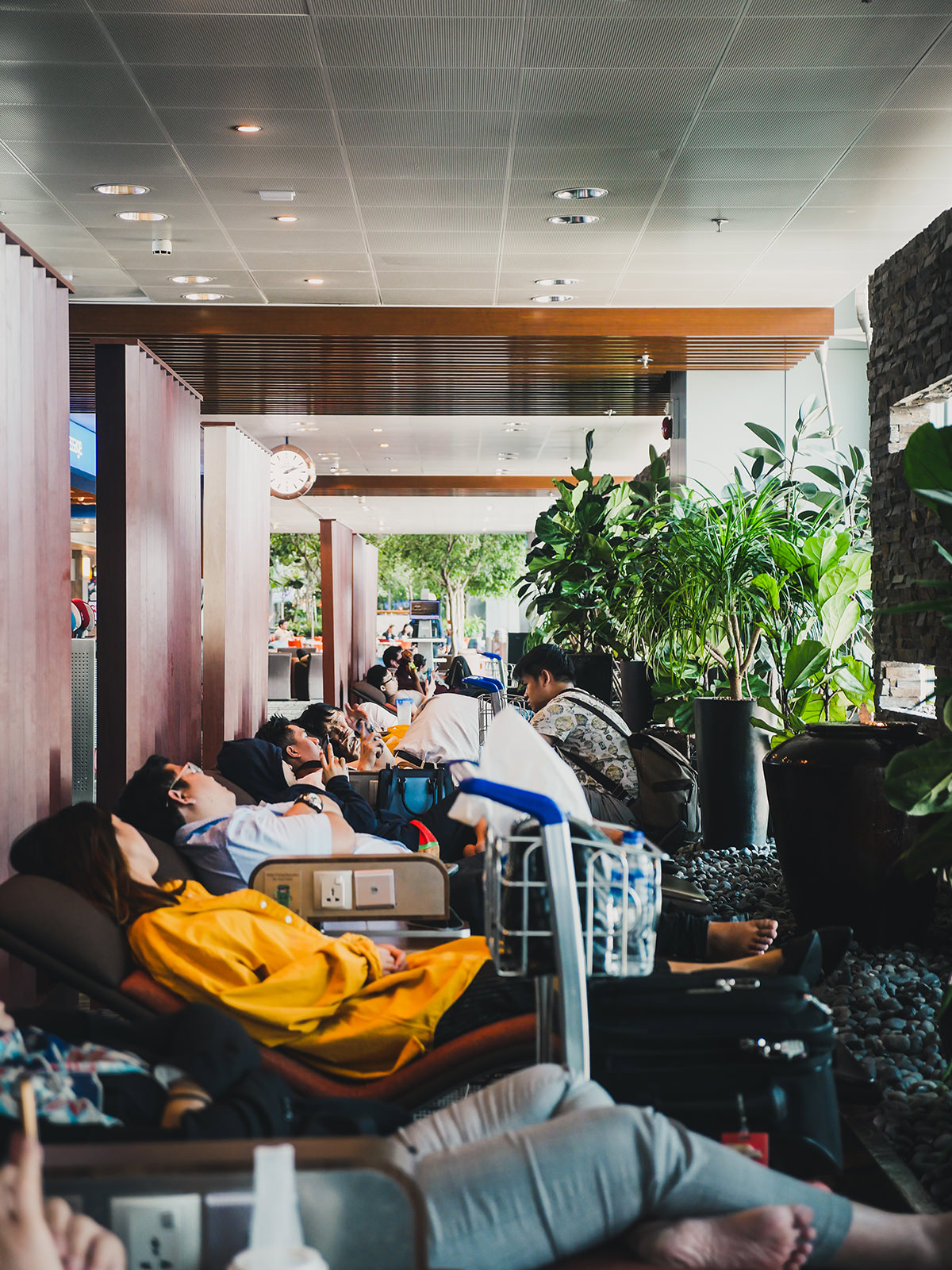 What: Free-to-use snooze lounge<br>Where: Terminal 3 Departure Transit Hall North