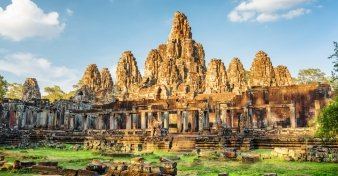 Fly from Melbourne to Siem Reap